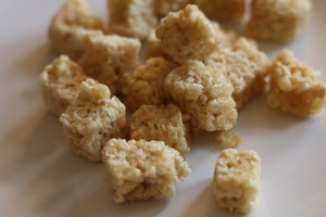 01- (Bite Size) - Krispie Treat Bites (35-40mg) (per bag)  image