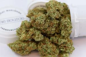 Larry OG Marijuana Strain product image