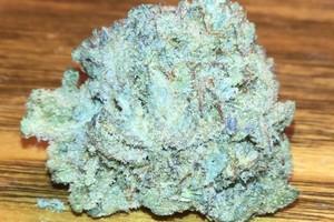 Snow White Marijuana Strain image
