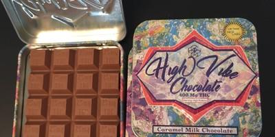 400 MG High Vibes Caramel Chocolate Bar (25 mg x 16 pieces)