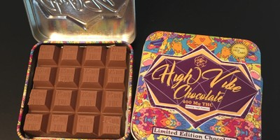 400 MG High Vibes Hazelnut Chocolate Bar (25 mg x 16 pieces)