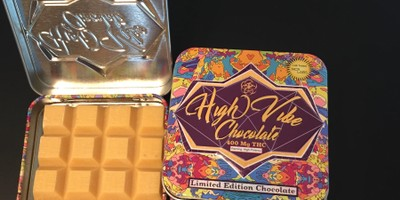 400 MG High Vibes Passion Fruit Chocolate Bar (25 mg x 16 pieces)