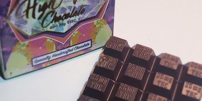 High Vibes 400mg Premium Chocolate bar
